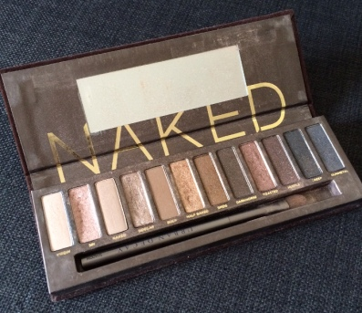 urban decay, naked, urban decay naked palette, eye shadow, make up, beauty product