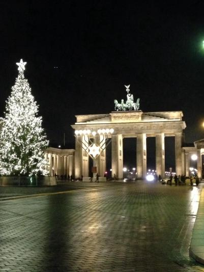 christmas, berlin, germany, festive, blogmas, brandenburger tor, brandenburg gate