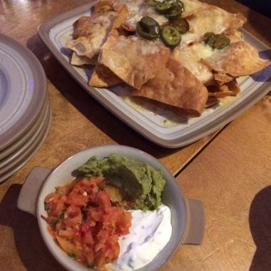 nachos, salsa, guacamole, sour cream, jalapenos, starter, mexican food, Bodega Birmingham