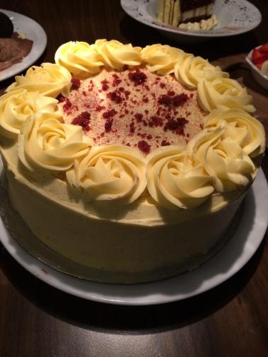 pirlos dessert lounge, cake, red velvet