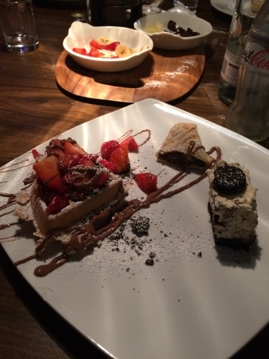 pirlos dessert lounge, waffle, crepe, cheesecake, oreo, chocolate, strawberry