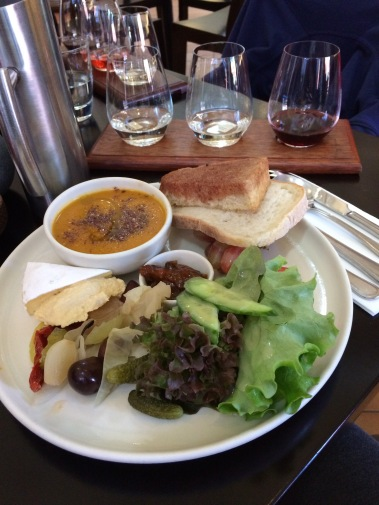 gibbston valley, otago, queenstown, new zealand, lunch, soup, cheese