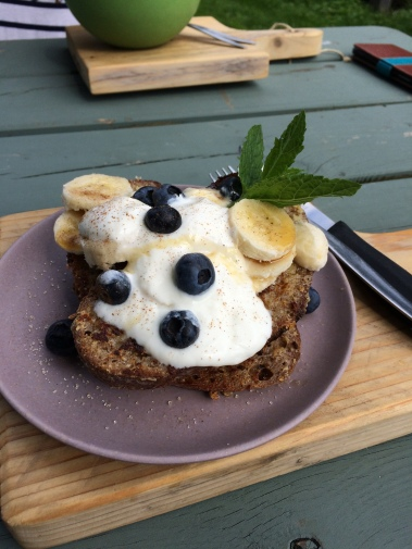 brunch, de gillende keukenmeiden, zwolle, french toast, greek yoghurt, banana, blueberries