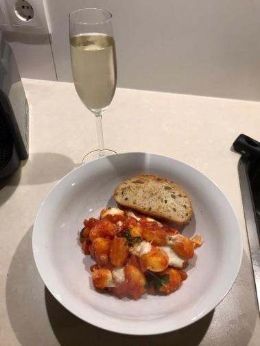 bbc good food, good food recipes, 101 budget dishes, basil and tomato gnocchi, italian cuisine, prosecco