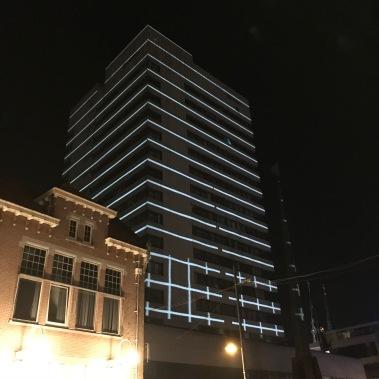 glow eindhoven, light art festival, keizersgracht, light over matter, apartment building