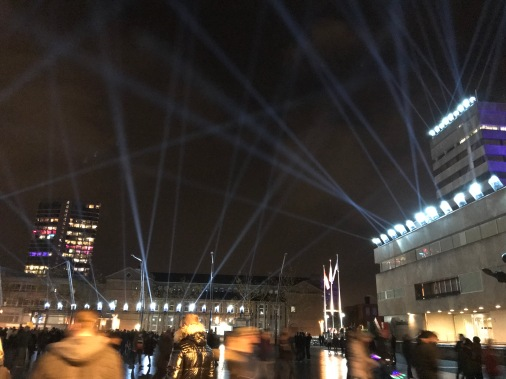glow eindhoven, light art festival, lasers, stadhuisplein, step into the light 2.0