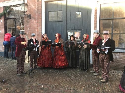 dickens festival, deventer, charles dickens, dickens festijn, victorian, netherlands, carol singers