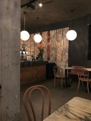 negen straatjes, nine streets, amsterdam, netherlands, libertine cafe, wolvenstraat, cafes