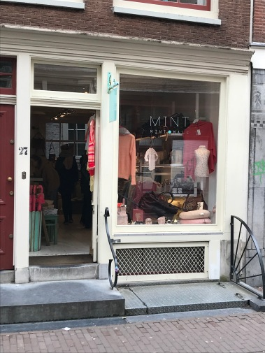 negen straatjes, nine streets, amsterdam, netherlands, mint mini mall, rumstraat, clothing store, fashion, lifestyle